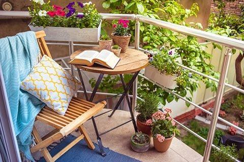 lovely-balcony-480x320.jpg